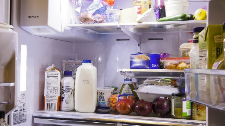 A new survey by the American Dairy Association Mideast finds that 94% of Americans say they throw away food at home. Experts say a few easy changes can help families cutdown on food waste, easing the burden on the environment and their wallets.